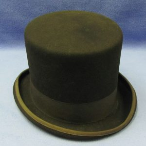 Wool Top Hat With Oval Top