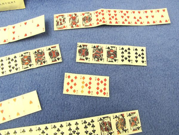 The World's Smallest Playing Cards-3