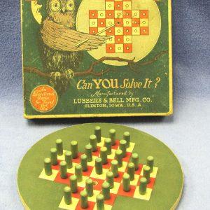 Vintage Puzzle Peg