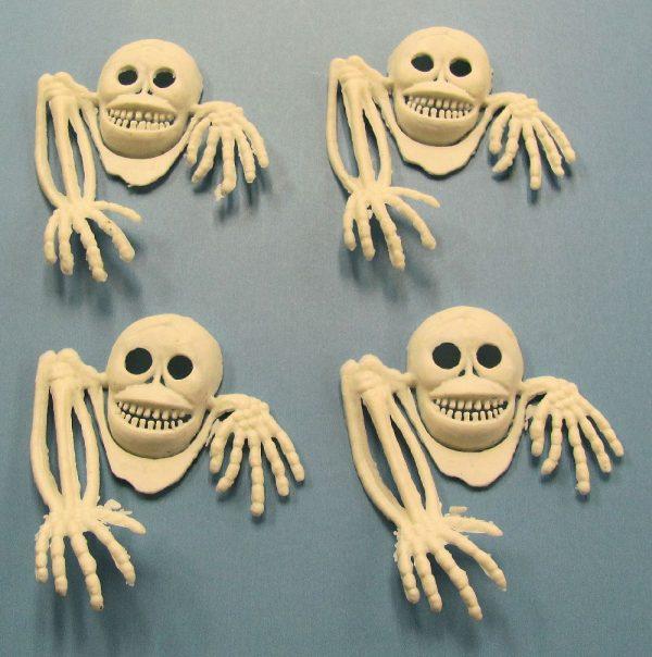 Hanging From Pocket Skeleton (Set of 4)