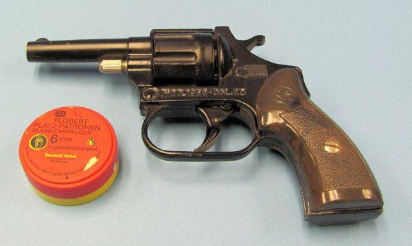 Blank Starter Pistol - Italy