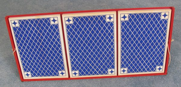 Giant Three Card Monte (Camelot Creations)-5