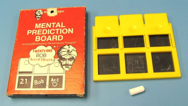 Mental Prediction Board Royal Magic (Pre-Owned)