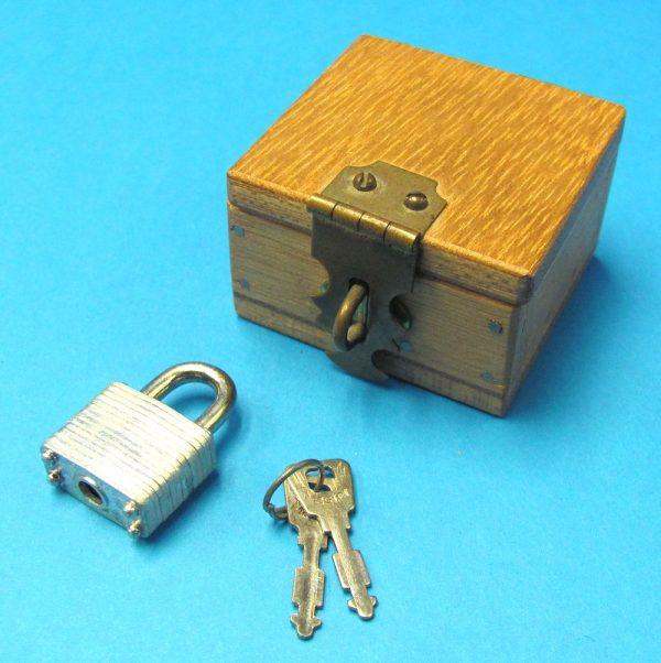 Lippincott Coin Box